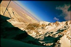 Gebirgskalter Schnee in der Schweiz Stockfotos