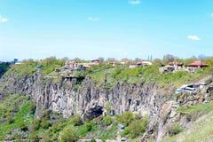 Gebirgslandschaft, Hügel in Armenien nahe dem Tempel von Garni Stockbilder
