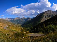Gebirgslandschaft von Col De Vars Stockfoto