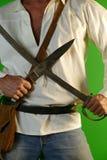 Gebirgsmann, kämpfendes Messer und Säbel lizenzfreie stockbilder