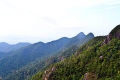 Gebirgsmassiv in Malaysia Stockbild