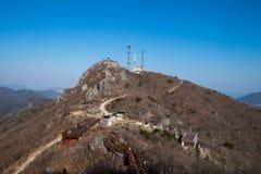 Gebirgspfade und Berge Stockfoto