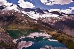 Gebirgsreflexionen in Tirol Stockfoto
