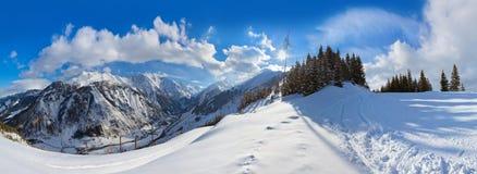 Gebirgsskiort Kaprun Österreich Stockfotos