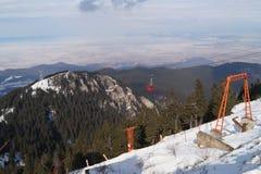 Gebirgsskiort, Rumänien, Postavarul-Berge lizenzfreie stockfotos