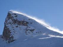 Gebirgsspitze im Windsturm Stockbild