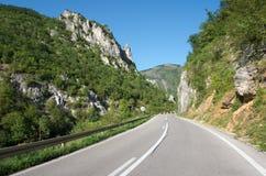 Gebirgsstraße in Serbien stockbild