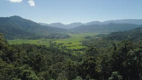 Gebirgstal mit Ackerland in den Philippinen Lizenzfreie Stockfotografie