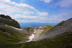 Gebirgswelt in Tirol, Österreich Stockfotos
