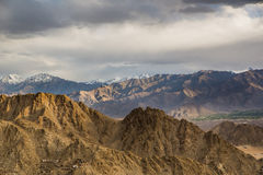 Gebirgszug in Leh Ladakh Stockbilder