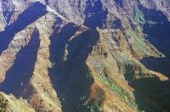 Gebirgszug in Waimea-Schlucht, Kauai, Hawaii Lizenzfreie Stockfotografie