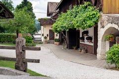 Geblutet, Slowenien, Architektur von europäischen Städten stockfotografie
