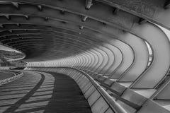 Gebogene Brücke Sestao lizenzfreie stockfotos