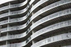 Gebogener Balkon Stockfotos