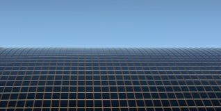 Dach mit Sonnenkollektoren Stockfotografie