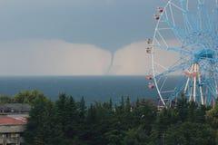 Geboorte van een tornado. Stock Foto's