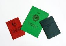 Geboorteakte, van YCL en van de vakbond kaartjes op witte bac Royalty-vrije Stock Fotografie
