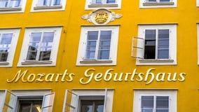 Geboorteplaats van Wolfgang Amadeus Mozart in Salzburg, Oostenrijk Stock Foto's
