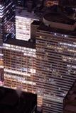 Gebouwen bij nacht Stock Fotografie