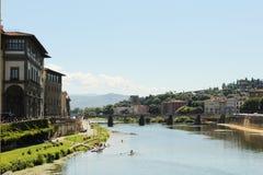 Gebouwen boven de rivier Florence royalty-vrije stock afbeelding