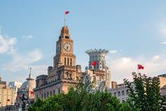 Gebouwen en architectuur met stedelijke wolkenkrabbers in Pudong stock afbeelding