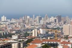 Gebouwen en bomen in Centraal Durban stock fotografie