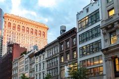 Gebouwen langs 23ste Straat in de Stad van Manhattan New York Royalty-vrije Stock Afbeeldingen