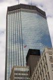 Gebouwen met Amerikaanse Vlag royalty-vrije stock afbeelding