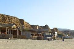 Gebouwen op Strand in Los Organos, Peru Stock Foto
