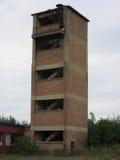 Gebouwen van de oude gebroken en verlaten industrieën in stad van Banja Luka - 7 Royalty-vrije Stock Afbeeldingen