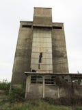 Gebouwen van de oude gebroken en verlaten industrieën in stad van Banja Luka - 8 Royalty-vrije Stock Afbeeldingen