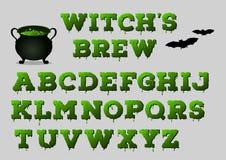 Gebräualphabet der Hexe mit großem Kessel für Ihr Design Ein grimmiger Minireaper, der eine Sense anhält, steht auf einem Kalende Lizenzfreie Stockfotos