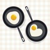 Gebraden ei in een pan Stock Foto