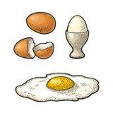 Gebraden ei en gebroken shell De uitstekende illustratie van de kleurengravure Stock Afbeeldingen