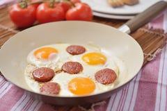 Gebraden eieren met sucuk Stock Foto