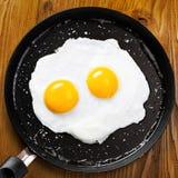 Gebraden eieren op een pan Royalty-vrije Stock Foto