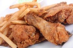 gebraden kip en gebraden gerechten Stock Afbeelding