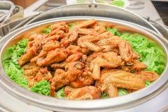 Gebraden kip en groenten Stock Afbeelding
