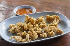 Gebraden kippenpees met zoete Spaanse peperssaus Royalty-vrije Stock Foto's