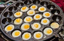 gebraden kleine eieren Stock Foto