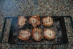 Gebraden lapjes vlees Stock Foto's