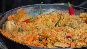 Gebraden rijst met wortel en rode koele peper Royalty-vrije Stock Fotografie