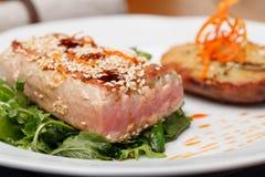 Gebraden tonijnlapje vlees Stock Fotografie