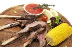 Gebraden varkensvleesribben met saus Royalty-vrije Stock Afbeeldingen