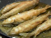 Gebraden Vissen in een Hete Pan Royalty-vrije Stock Afbeelding