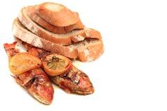 Gebraden vissen en brood Royalty-vrije Stock Afbeelding