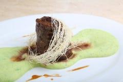 Gebraden vlees met fijngestampte aardappelpuree Stock Foto