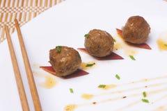 Gebraden vleesballetjes B stock foto's