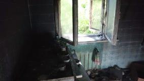 Gebrand huis binnen stock videobeelden