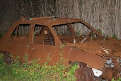 Gebrande Oude Auto royalty-vrije stock fotografie